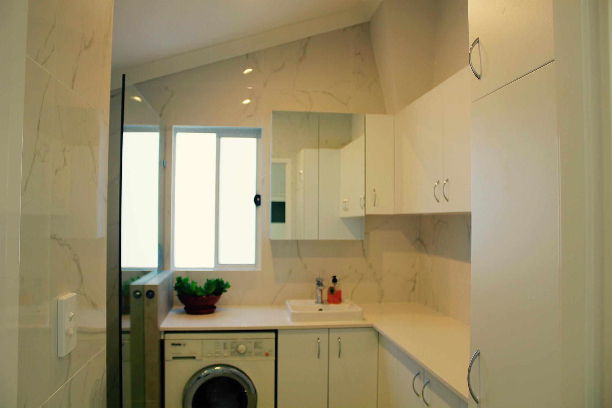 Trademark Tiling: Laundry Tiling