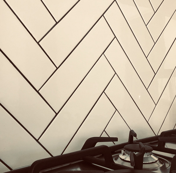 Splashback Tile Maintenance: Trademark Tiling, Perth - Western Australia